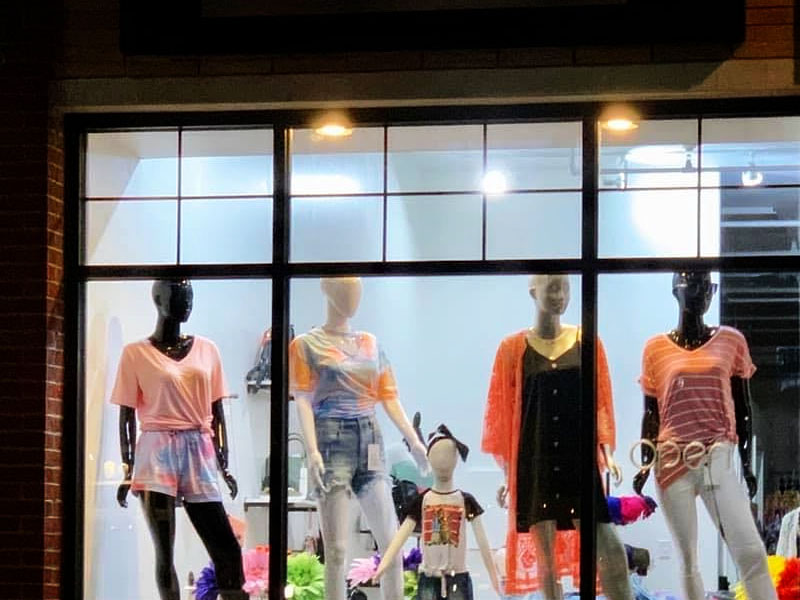 Unhinged Boutique featured business photo