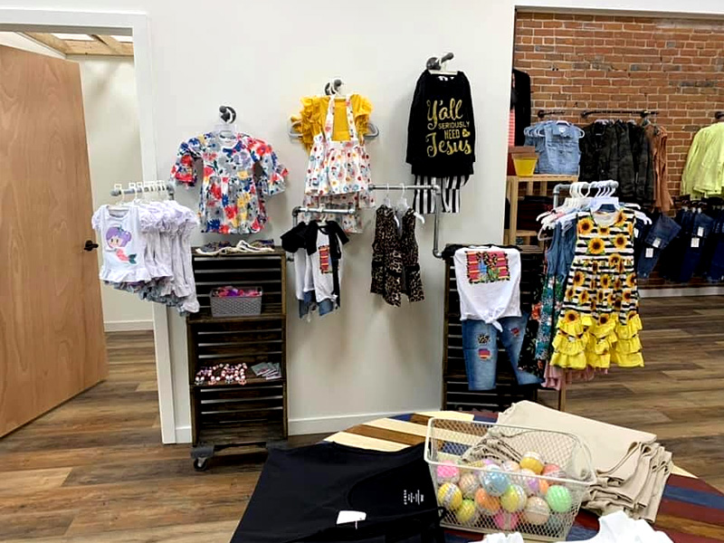 Unhinged Boutique Today is the perfect day to go shopping!