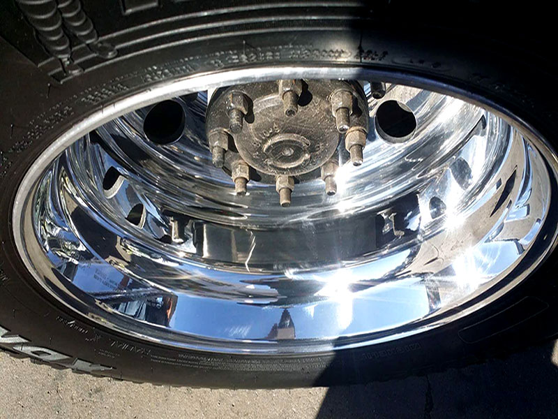 Time 2 Shine Auto Detailing Wheel Polishing