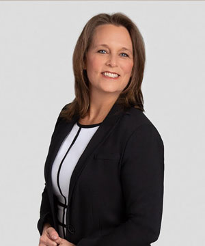 Norfolk Connections headshot photo - Tami White